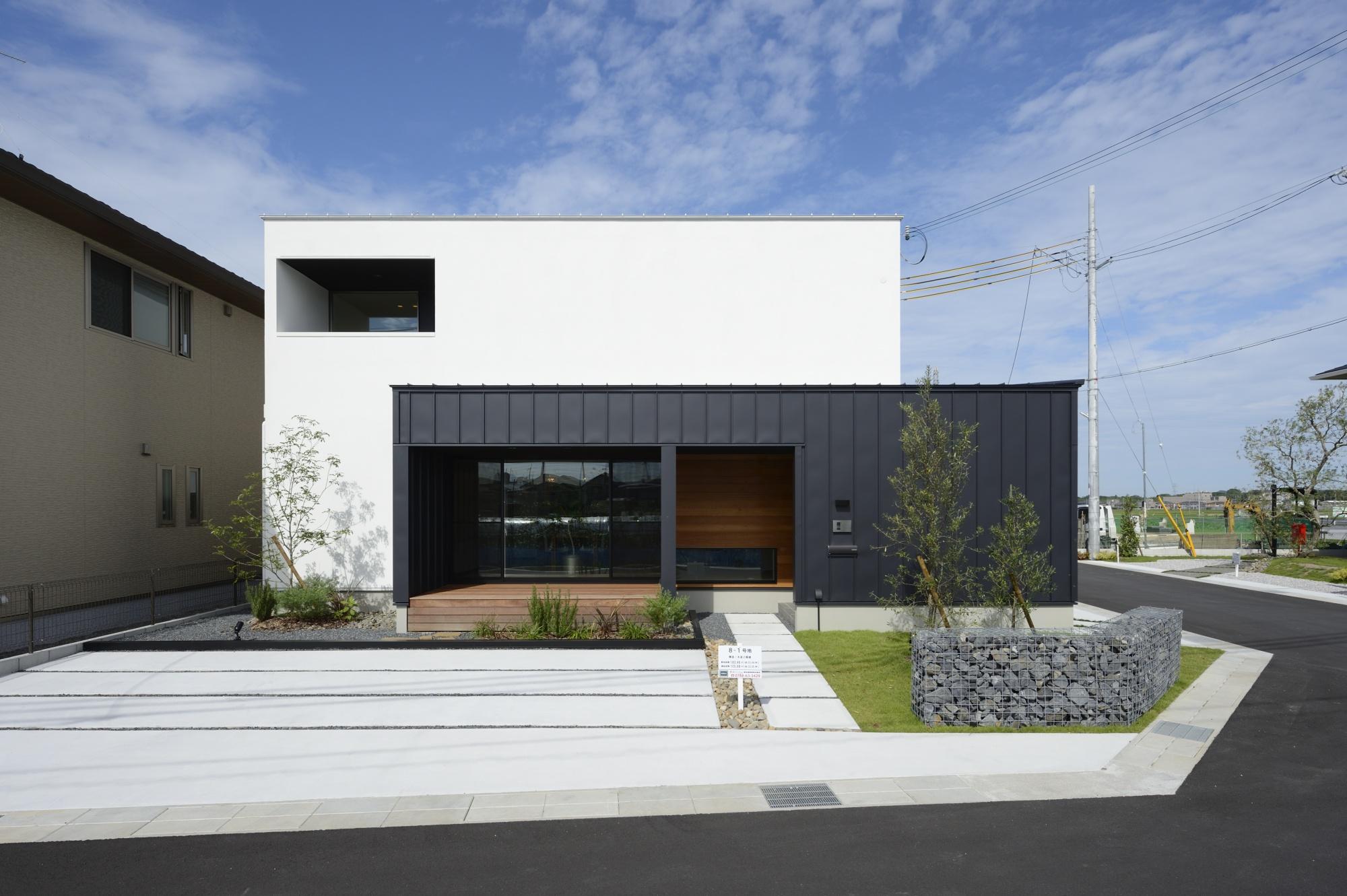 R+house滋賀南/西村建設株式会社