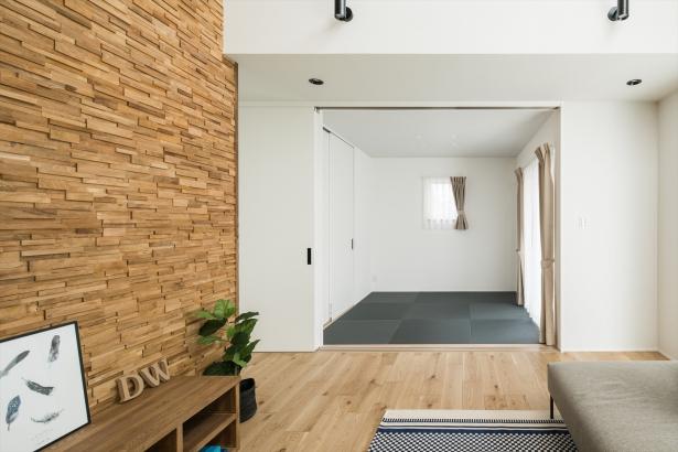リビング横の和室スペース