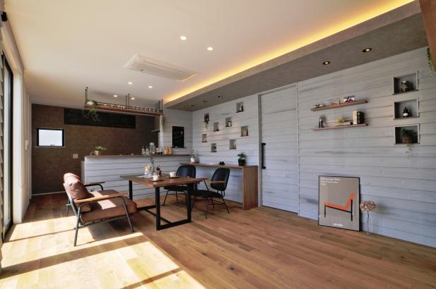 北欧のカフェのような空間でスローライフを楽しむ暮らし